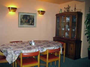 """Marie's-Restaurant-Table in the """"Villa"""""""