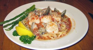 Scallops-and-Linguine-at-Marie's Restaurant